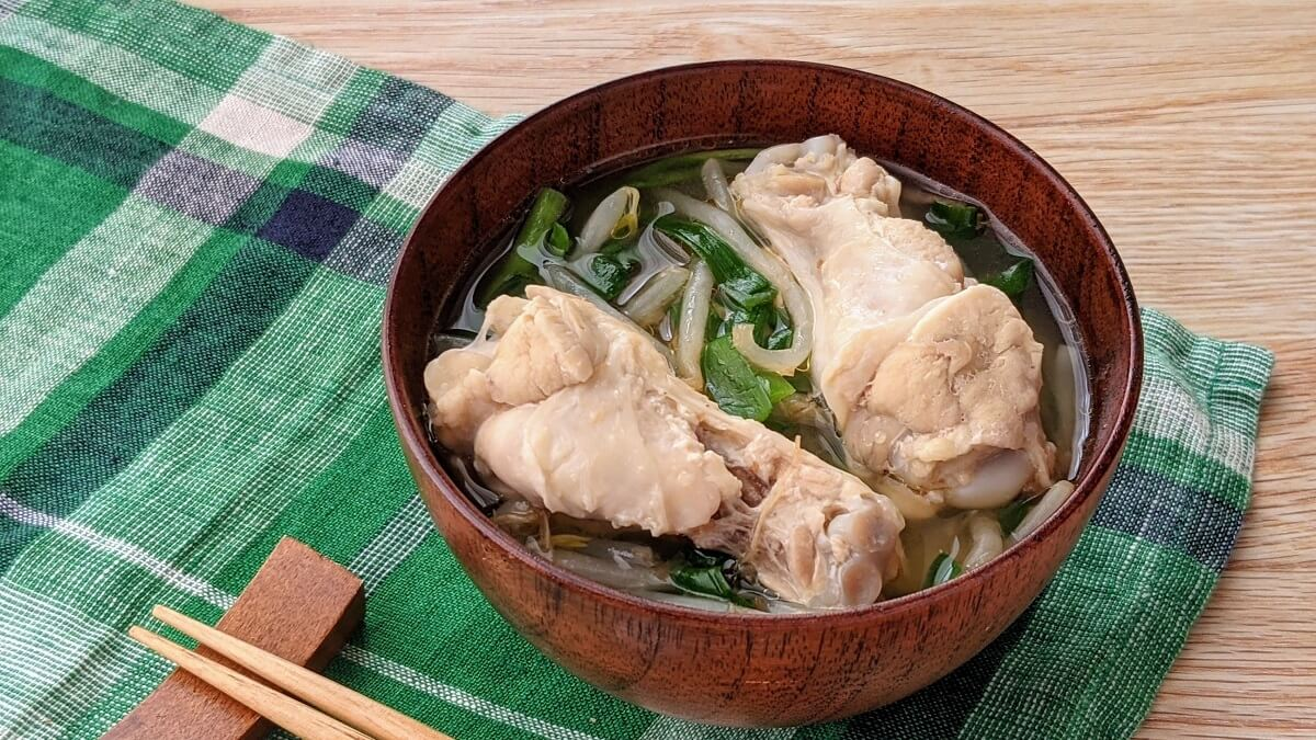 【レシピ】電子レンジで簡単!手羽とシャキシャキ野菜の節約みそ汁