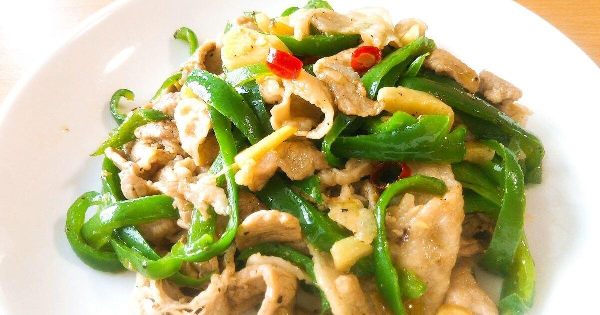 【レシピ】ピーマンと豚肉のペペロンチーノ炒め